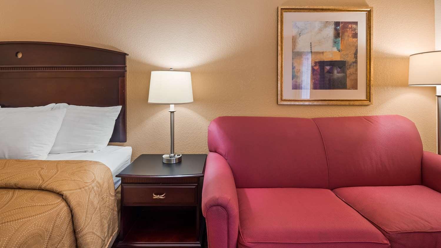 Room - Best Western Monroe Inn