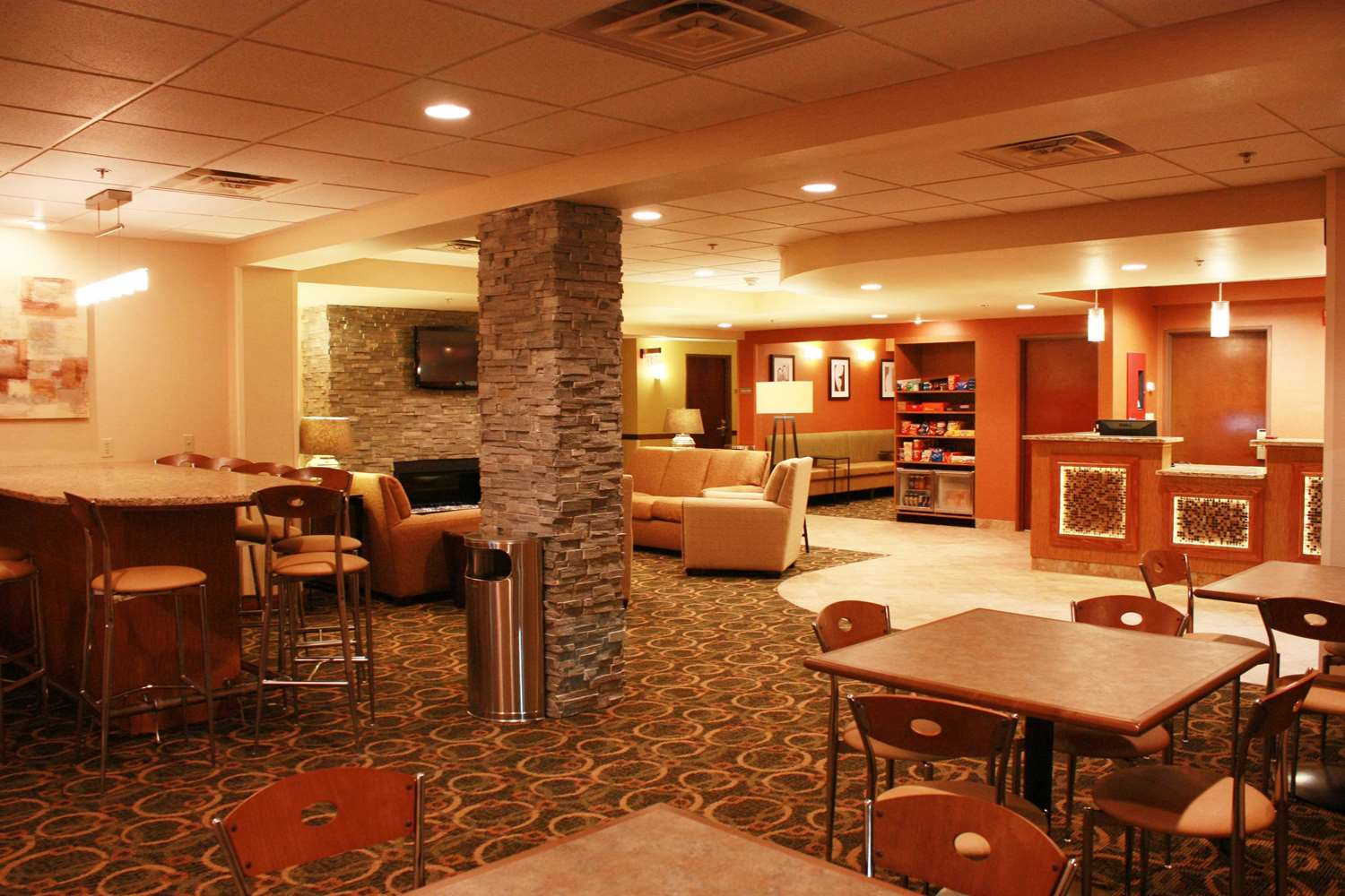 Lobby - Best Western Plus West Akron Inn & Suites Copley