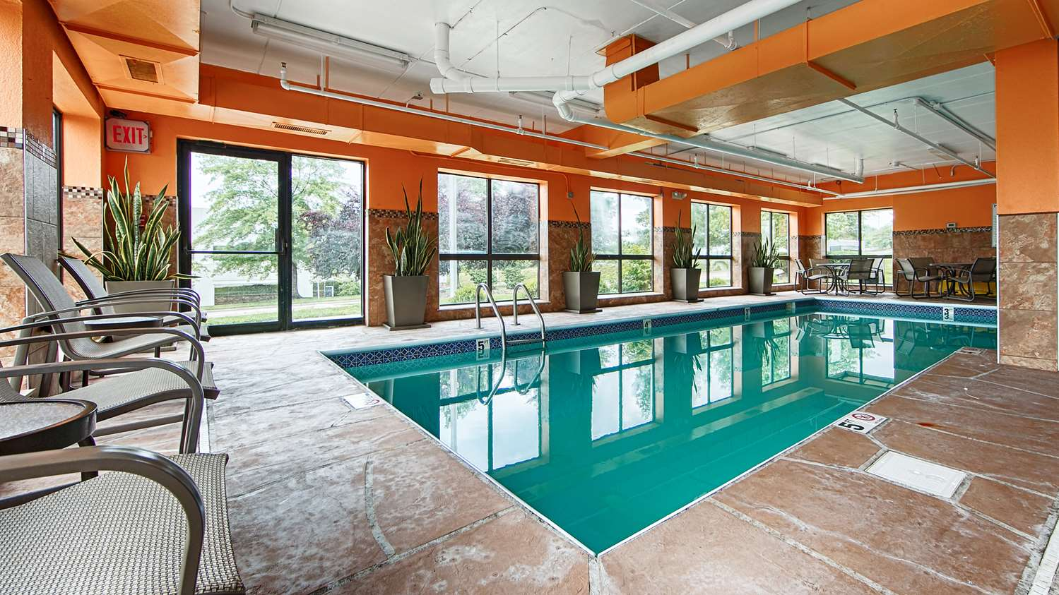 Pool - Best Western Plus West Akron Inn & Suites Copley
