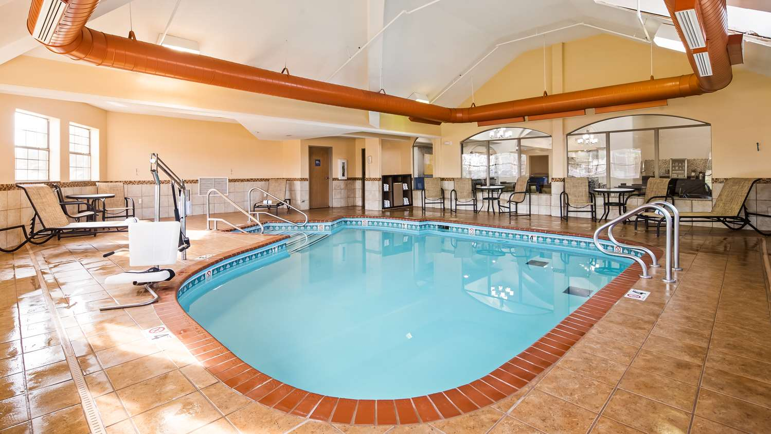Best Western Plus Tulsa Inn Amp Suites Ok See Discounts