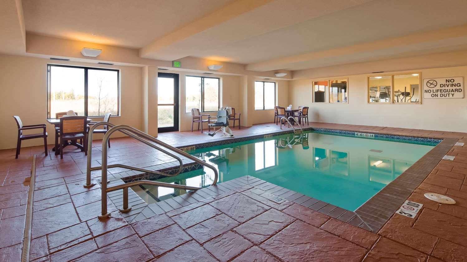 Pool - Best Western Inn Eufaula