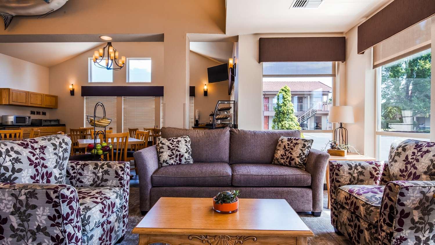 Lobby - Best Western Pacific Highway Inn Salem
