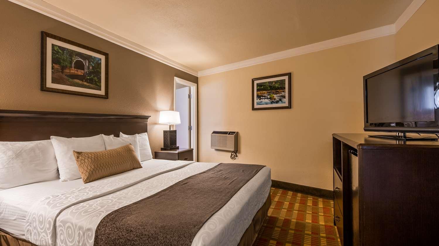 Room - Best Western Garden Villa Inn Roseburg