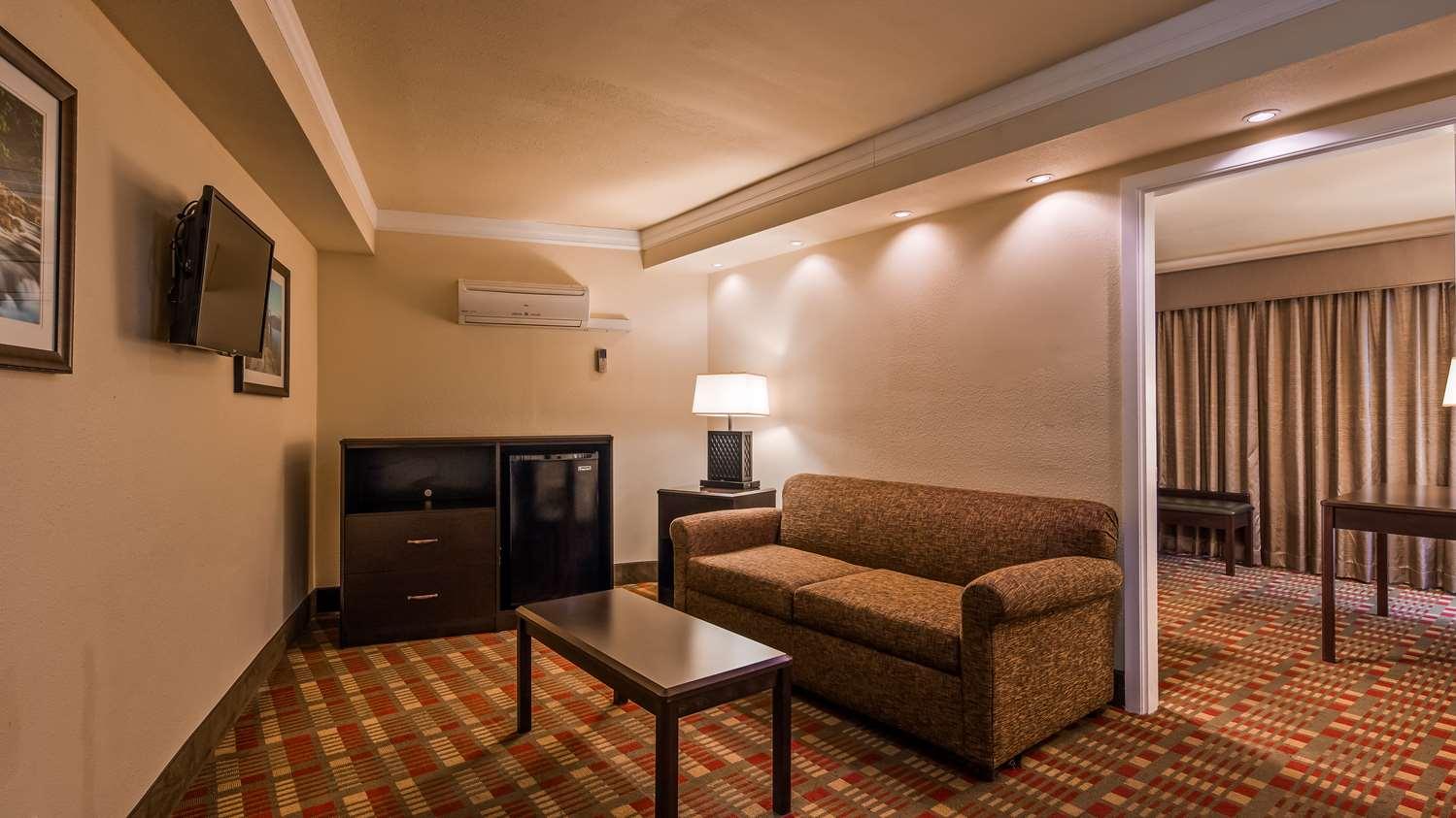 Suite - Best Western Garden Villa Inn Roseburg