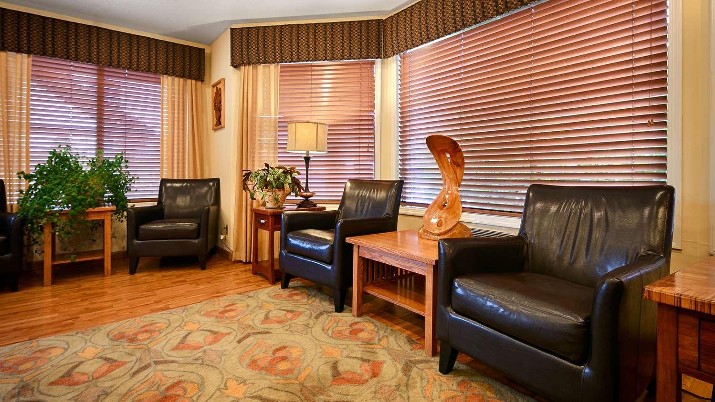 Lobby - Best Western Oakridge Inn