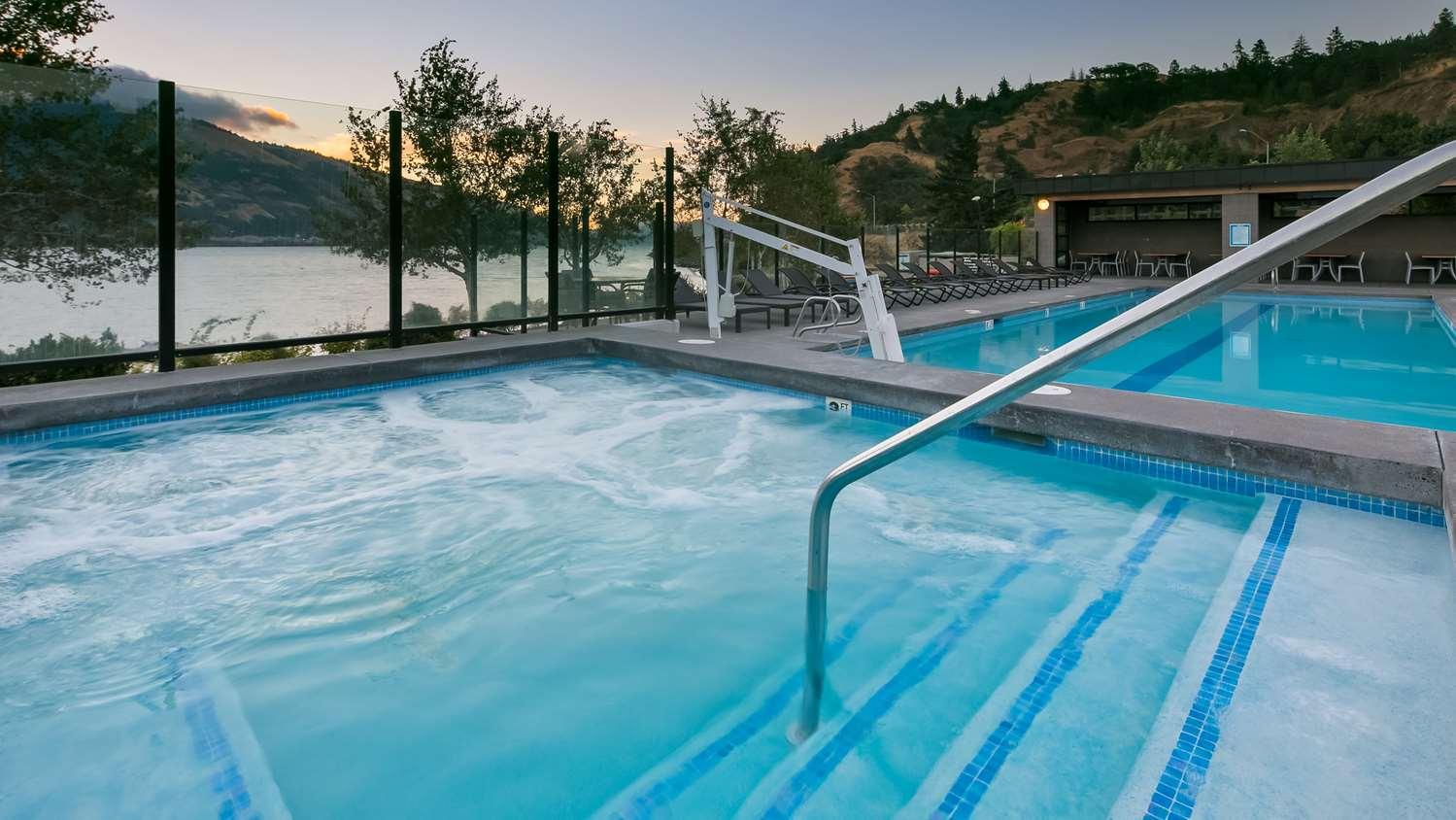 Dog Friendly Hotels In Hood River Oregon
