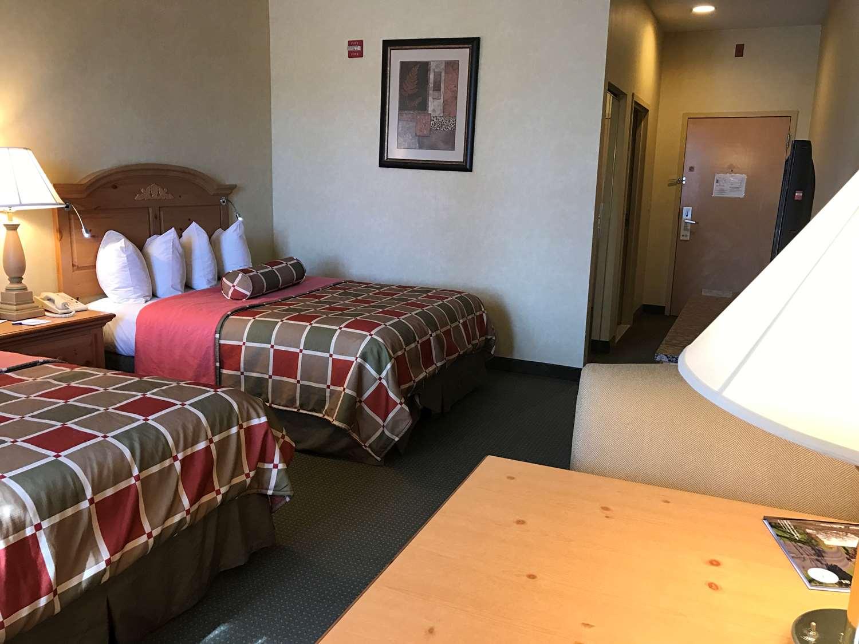 Room - Best Western Plus Revere Inn & Suites Paradise