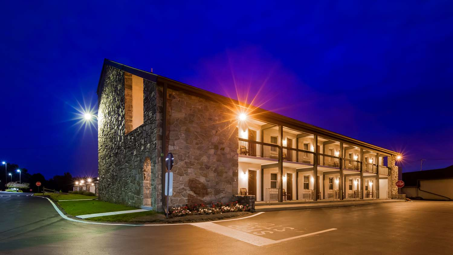 Exterior view - Best Western Plus Revere Inn & Suites Paradise