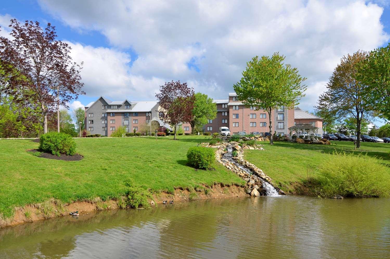 Exterior view - Best Western Plus Concordville Hotel