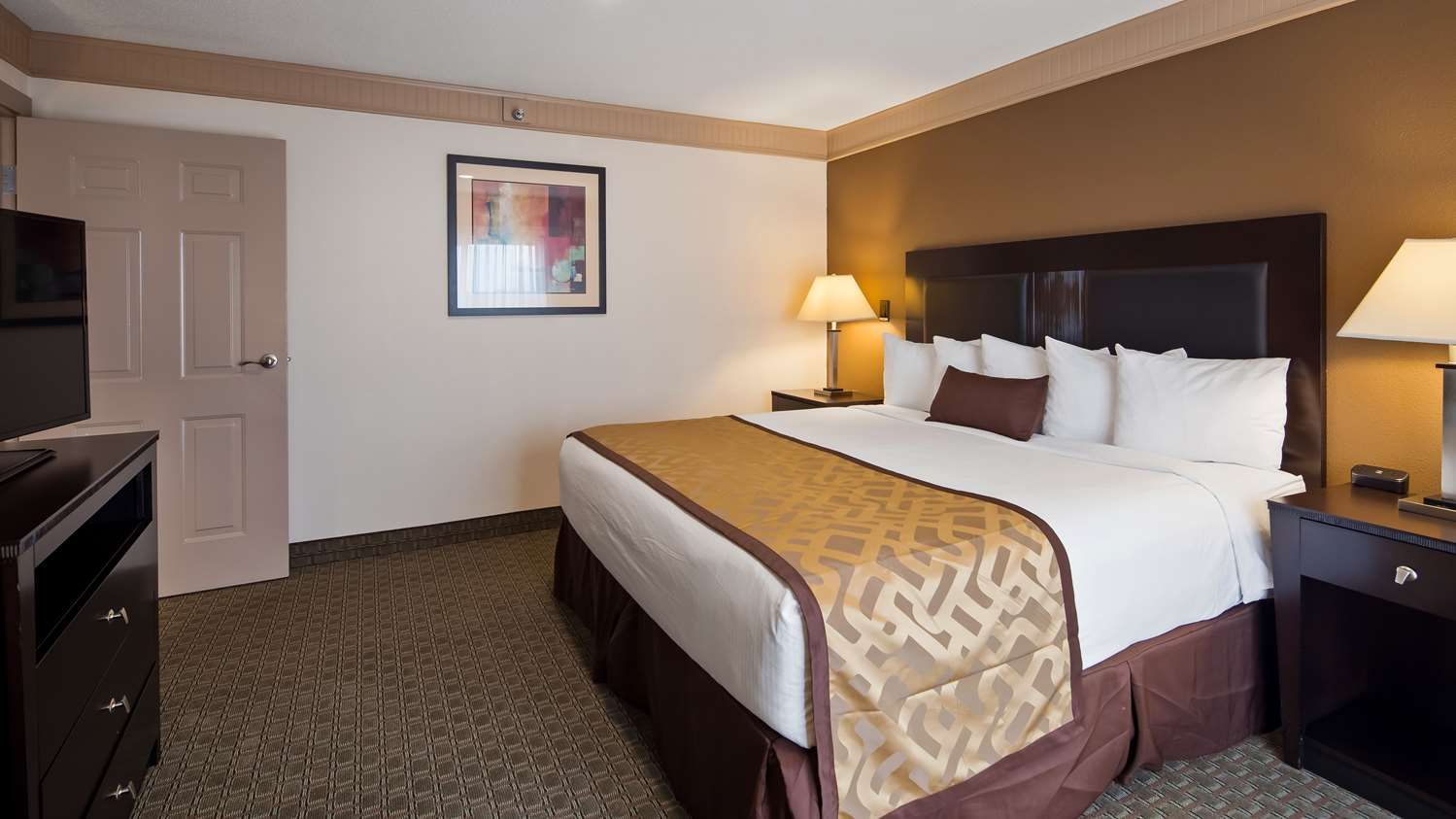 Room - Best Western Plus Concordville Hotel