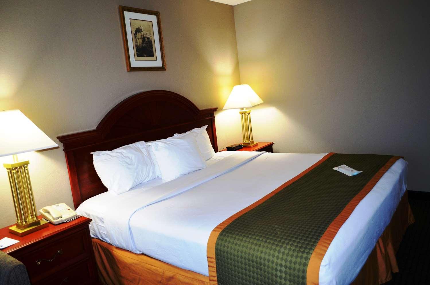 Suite - Best Western Inn at Hunt's Landing Matamoras
