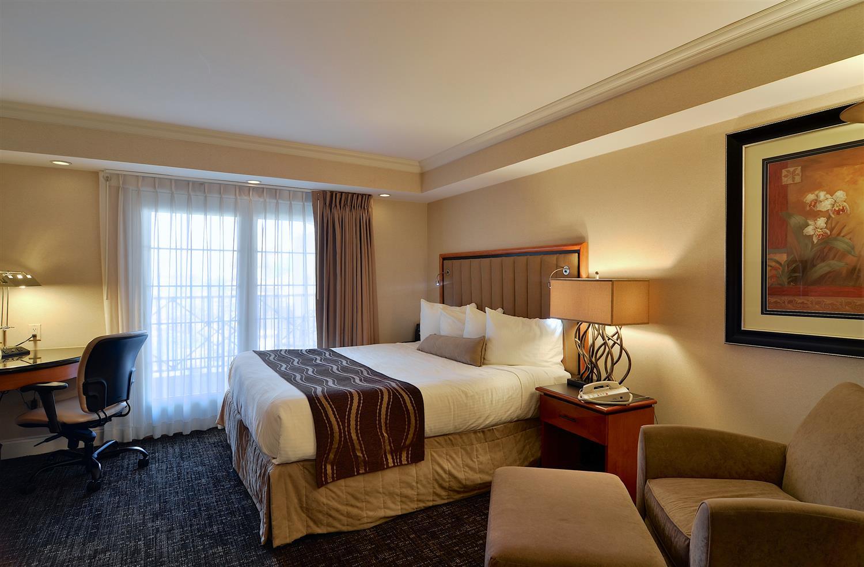 Suite - Eden Resort & Suites Lancaster