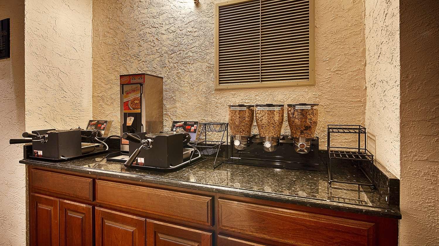 Restaurant - Best Western Plus Independence Park Hotel