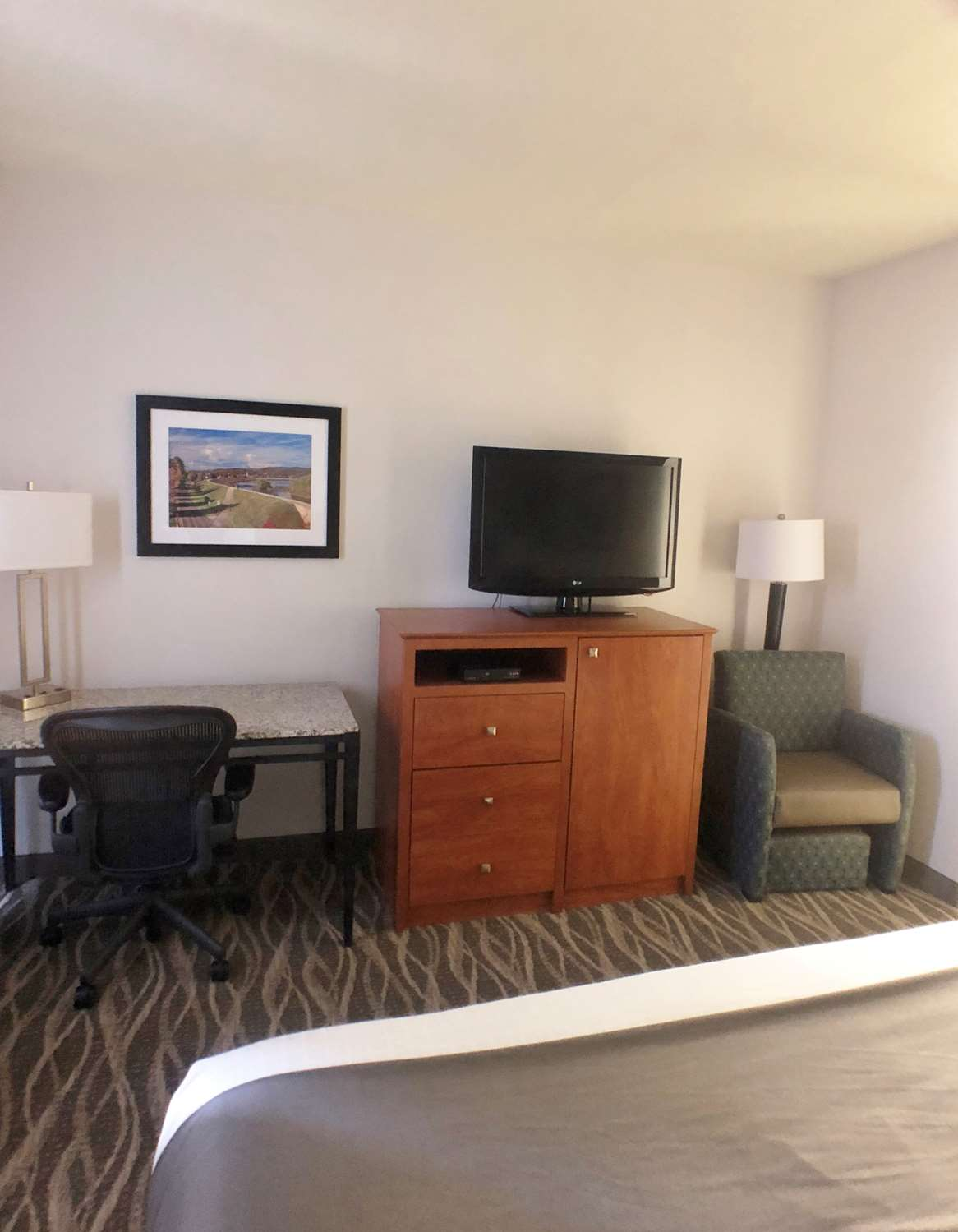 Amenities - Best Western Hotel Lock Haven