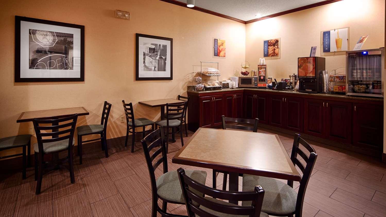 Restaurant - Best Western Plus Executive Inn St Marys