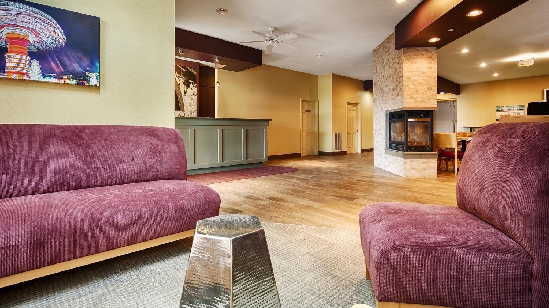 Lobby - Best Western Chambersburg Hotel