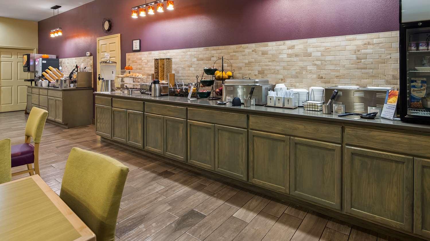 Restaurant - Best Western Chambersburg Hotel
