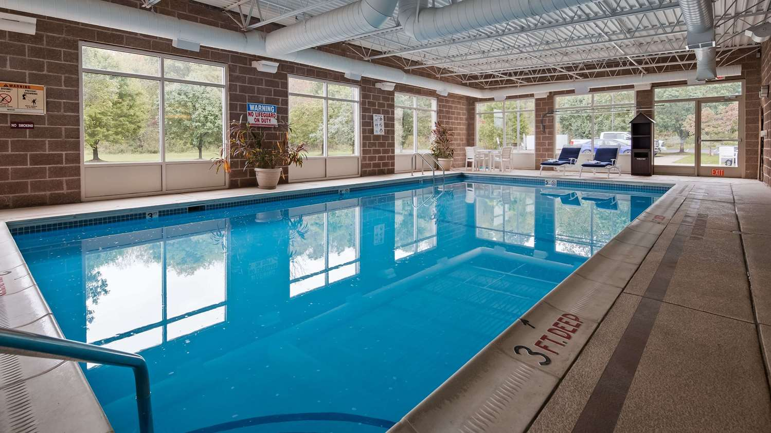 Pool - Best Western Garden Inn Bentleyville