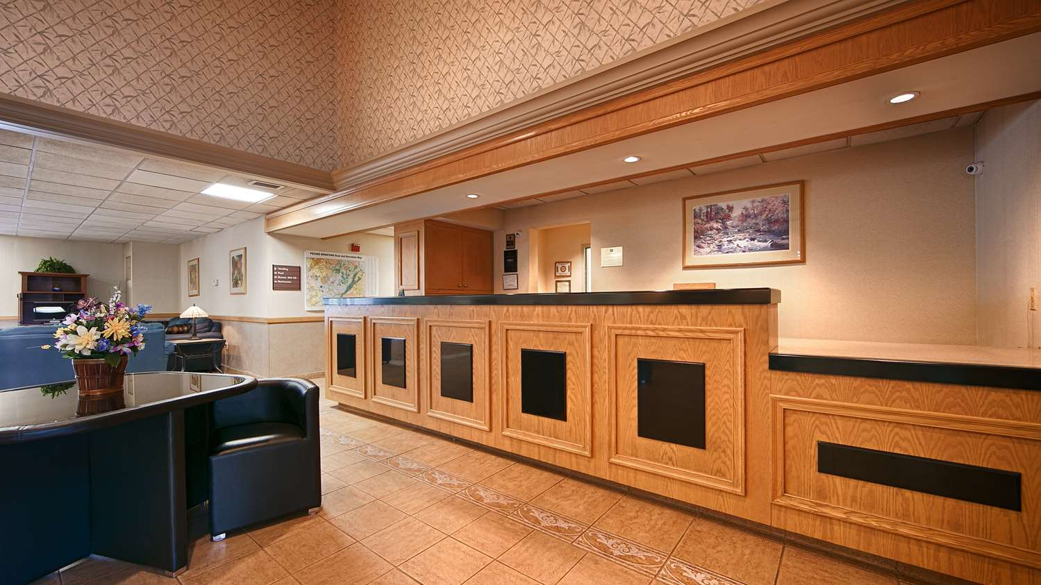 Lobby - Best Western Inn Blakeslee