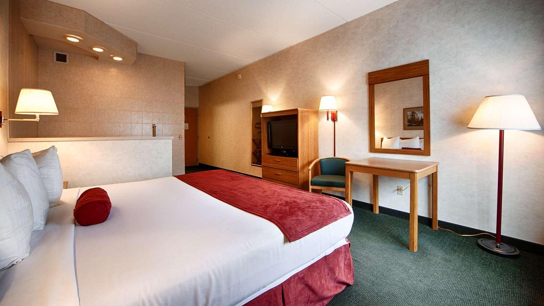 Room - Best Western Inn Blakeslee