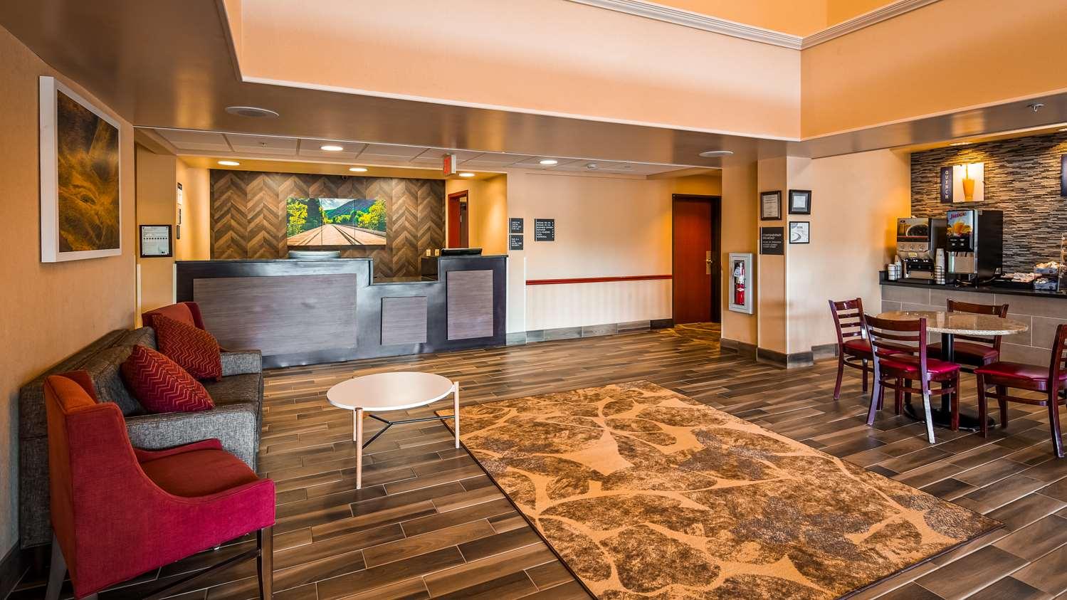 Lobby - Best Western Danville Inn