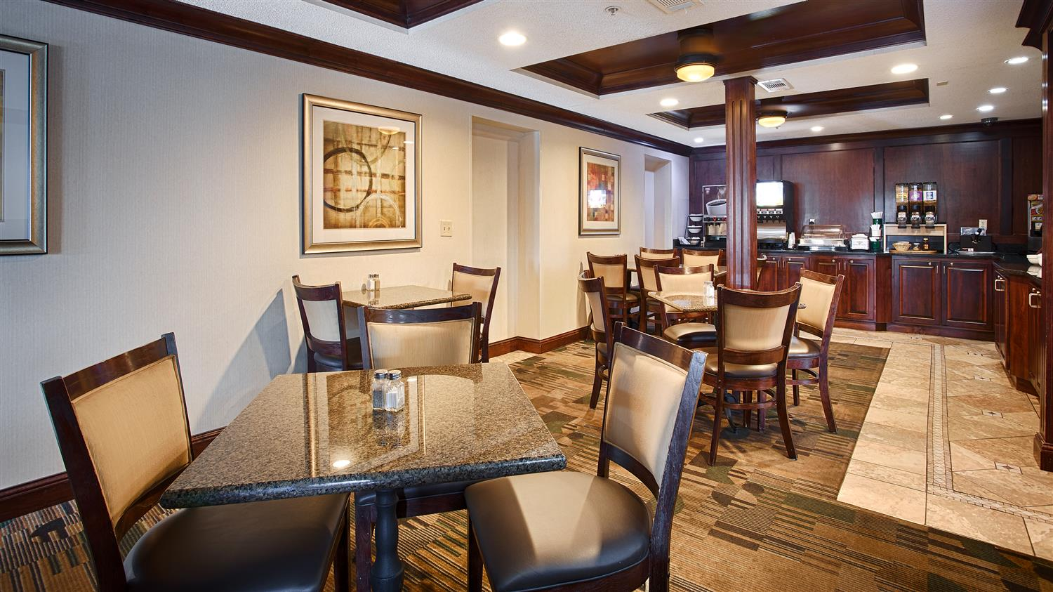Restaurant - Best Western Inn Grove City