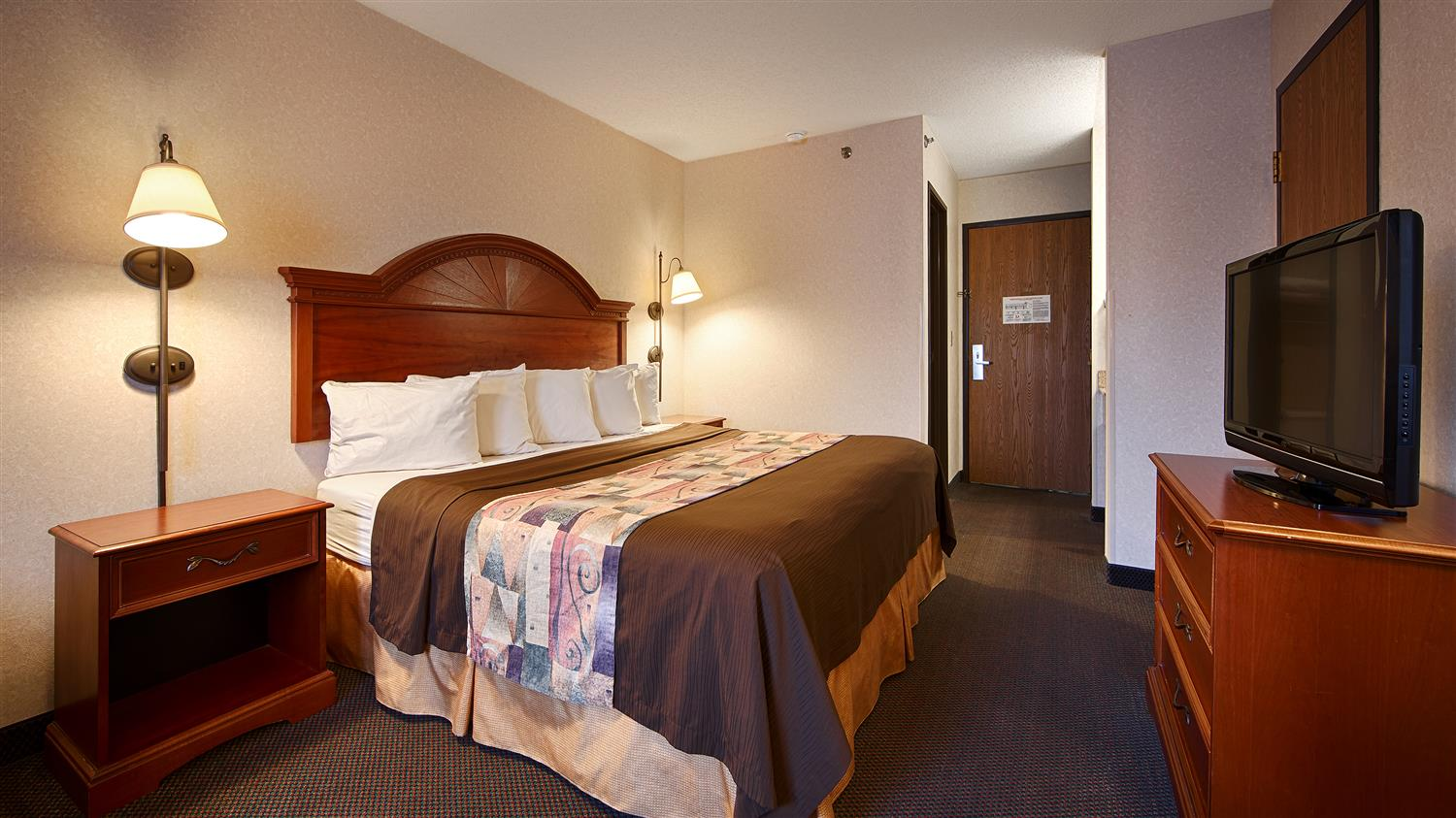 Room - Best Western Inn Grove City