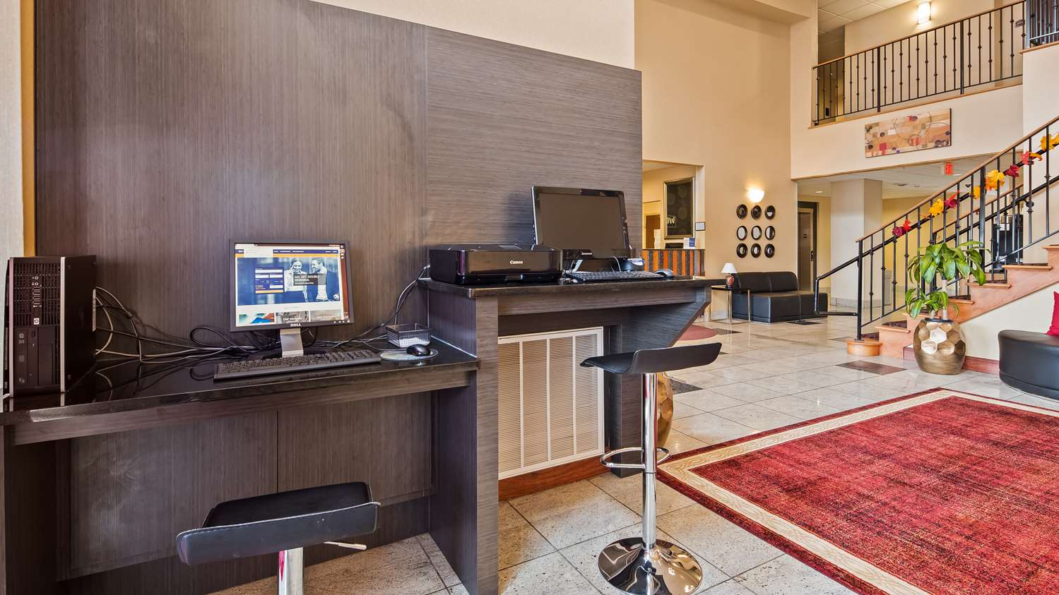 Conference Area - Best Western Plus New Cumberland Inn & Suites