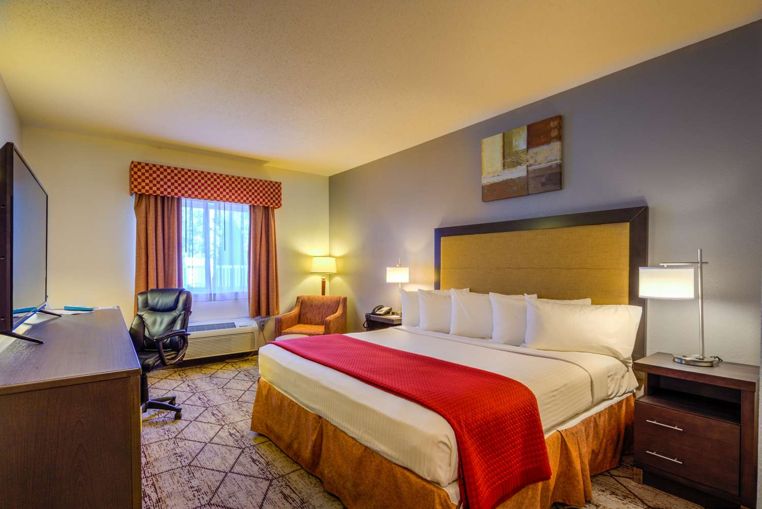 Room - Best Western Nittany Inn Milroy