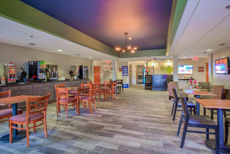 Lobby - Best Western Nittany Inn Milroy