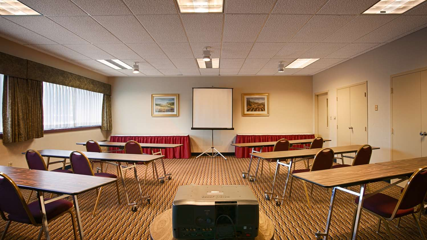 Meeting Facilities - Best Western Plus Reading Inn & Suites Shillington