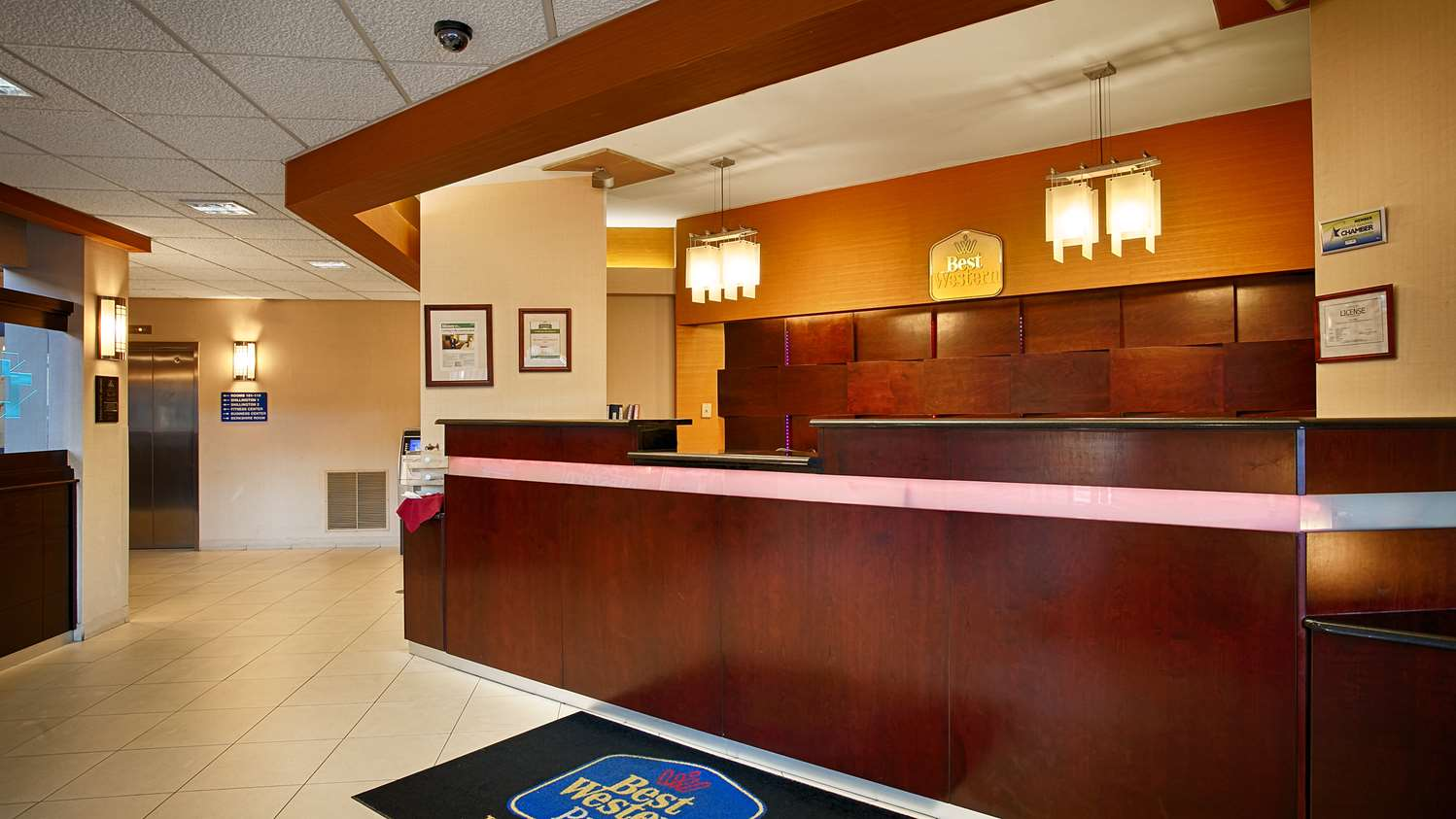 Lobby - Best Western Plus Reading Inn & Suites Shillington