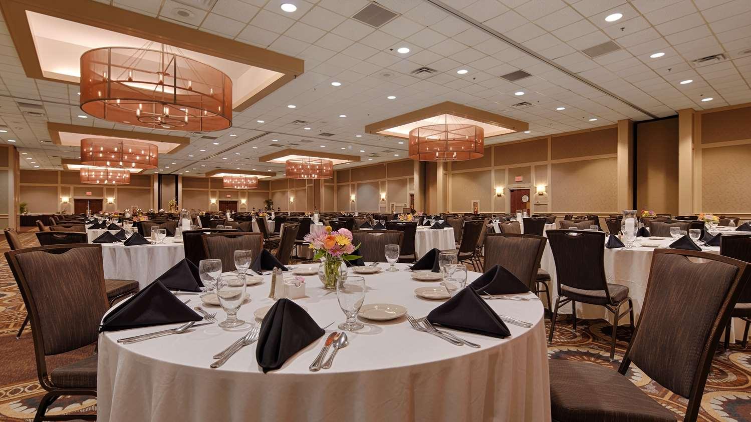 Ballroom - Best Western Premier Central Hotel Harrisburg