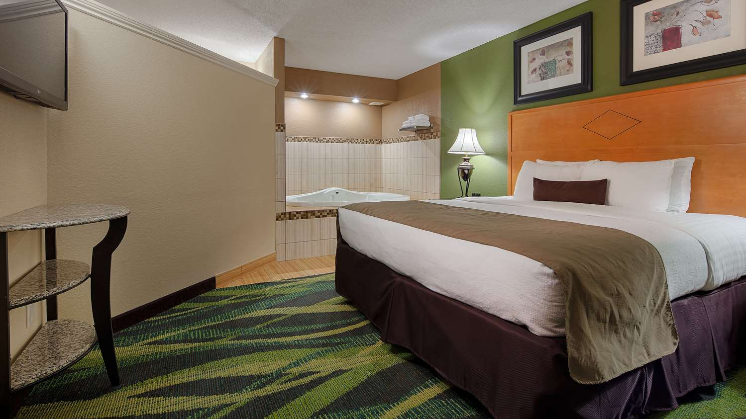 Suite - Best Western Plus Philadelphia Hotel Bensalem