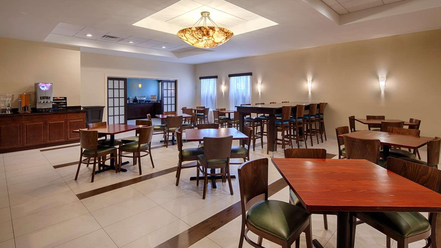 Restaurant - Best Western Plus Philadelphia Hotel Bensalem