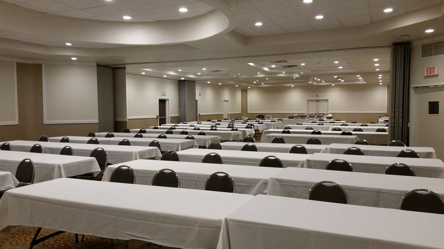 Ballroom - Best Western Plus Philadelphia Hotel Bensalem