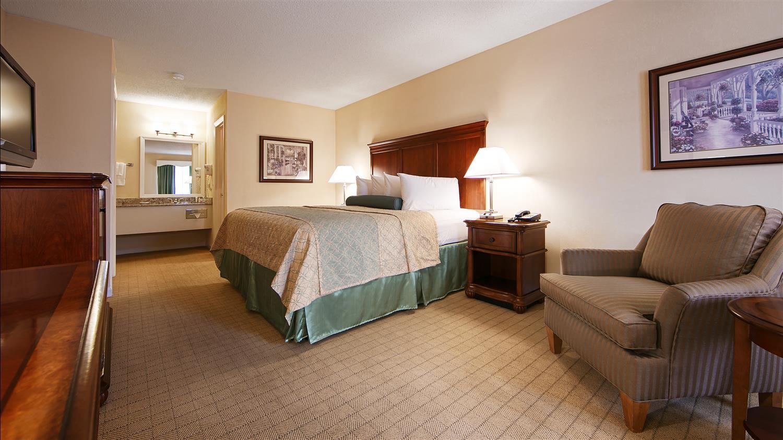 Room - Best Western Plus Santee Inn
