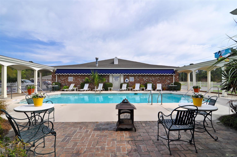 Pool - Best Western Plus Santee Inn