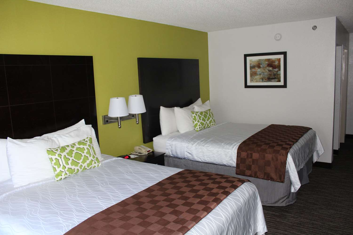 Pet Friendly Hotels Ladson Sc