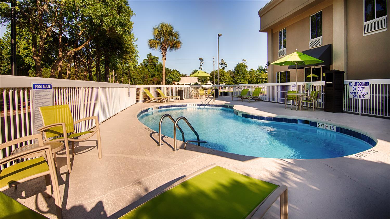 Pool Best Western Pawleys Island Hotel