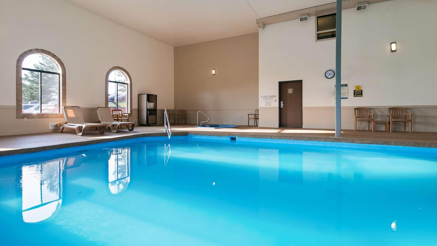 Pool - Best Western Buffalo Ridge Inn Custer