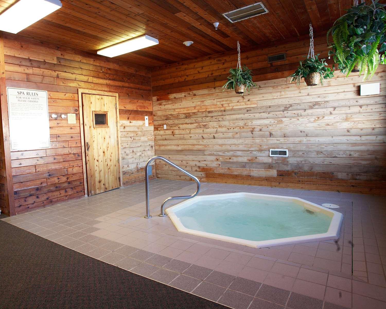 Pool - Best Western Huron Inn