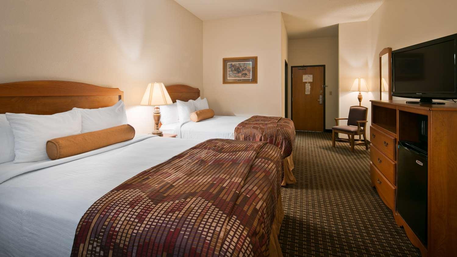 Room - Best Western Huron Inn