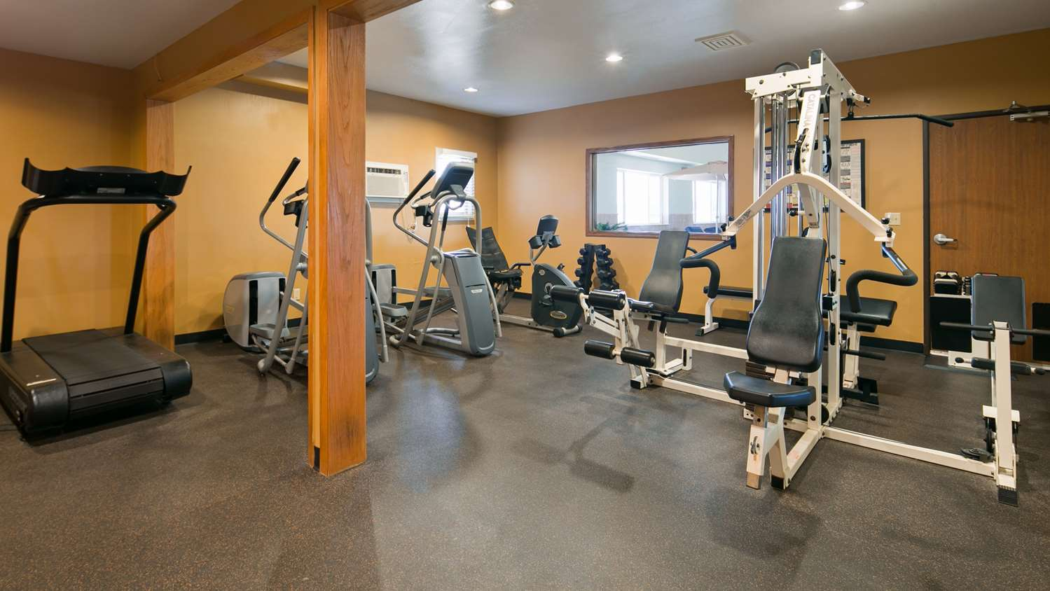 Fitness/ Exercise Room - Best Western Vermillion Inn