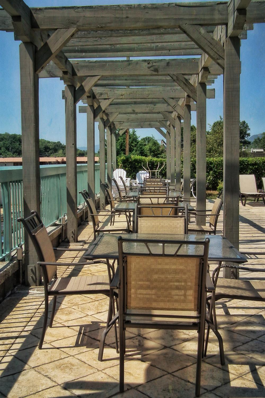 Pool - Best Western Newport Inn