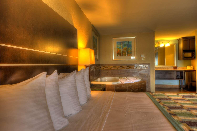 Suite - Best Western Newport Inn
