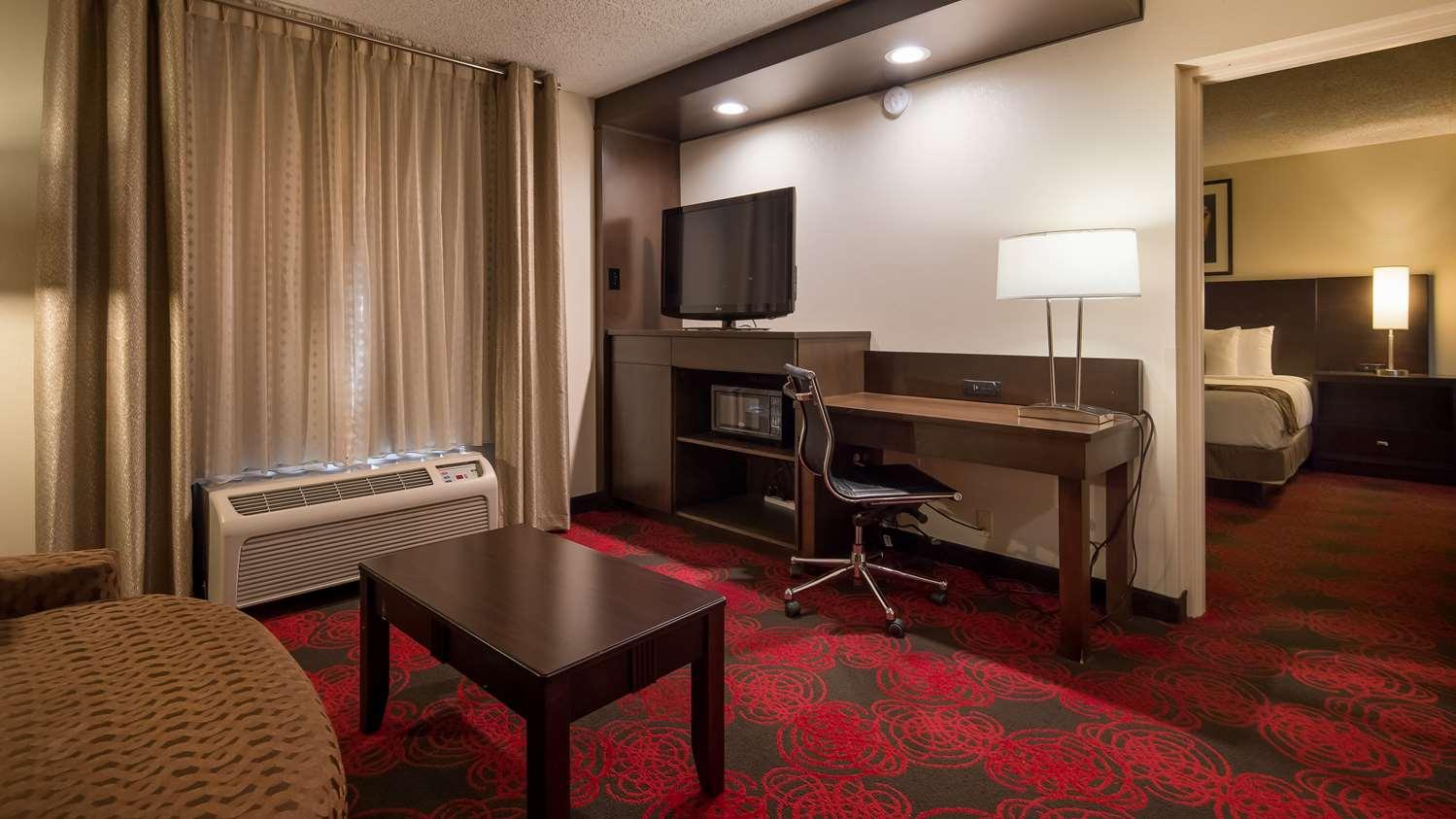 Suite - Best Western Opryland Suites Nashville