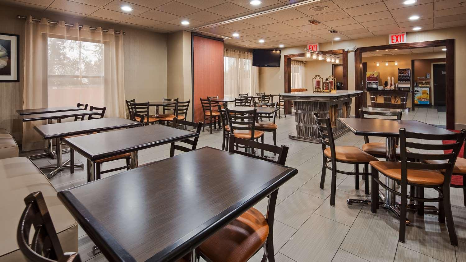 Restaurant - Best Western Opryland Suites Nashville