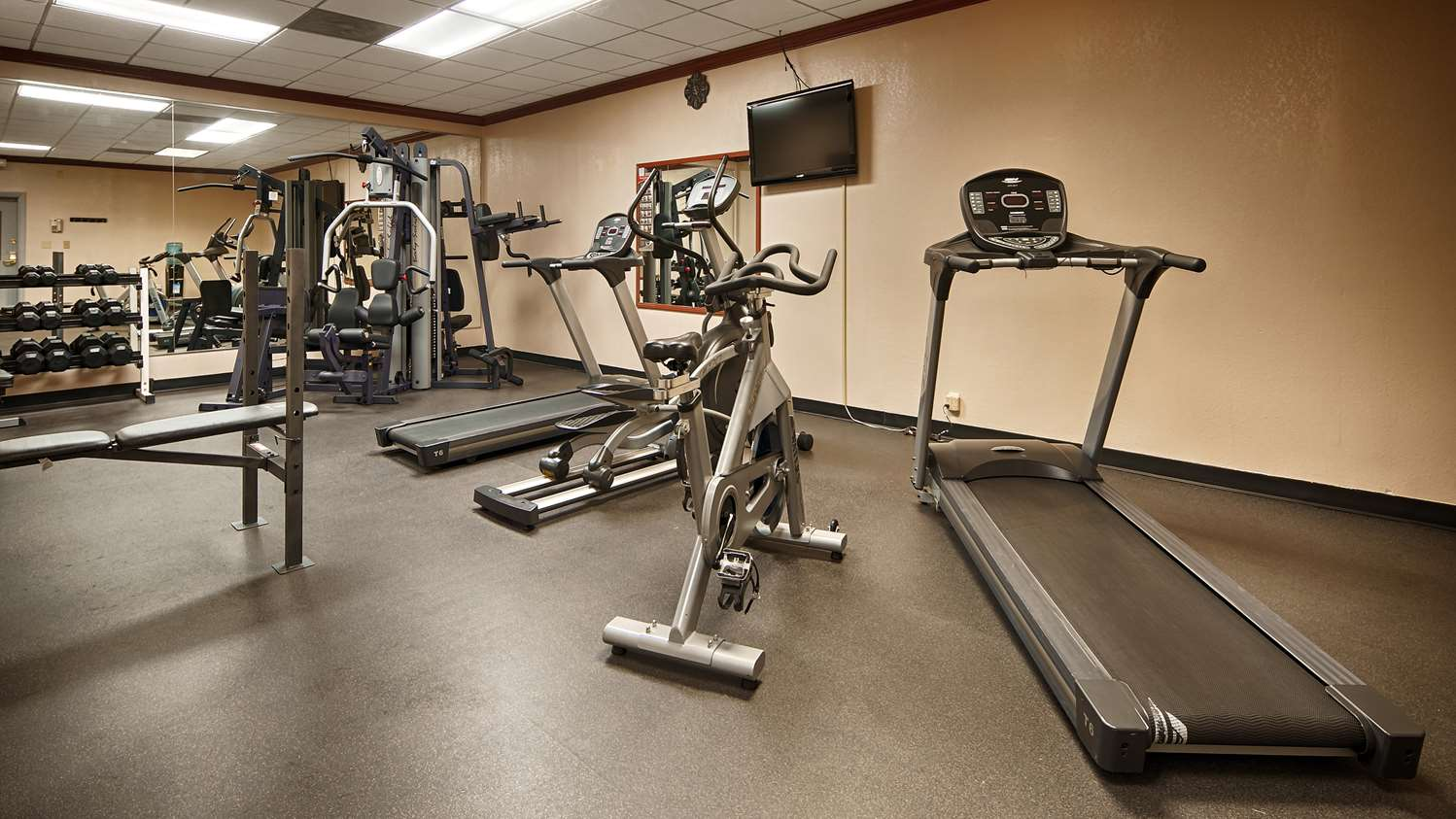 Fitness/ Exercise Room - Best Western Plus Music Row Hotel Nashville