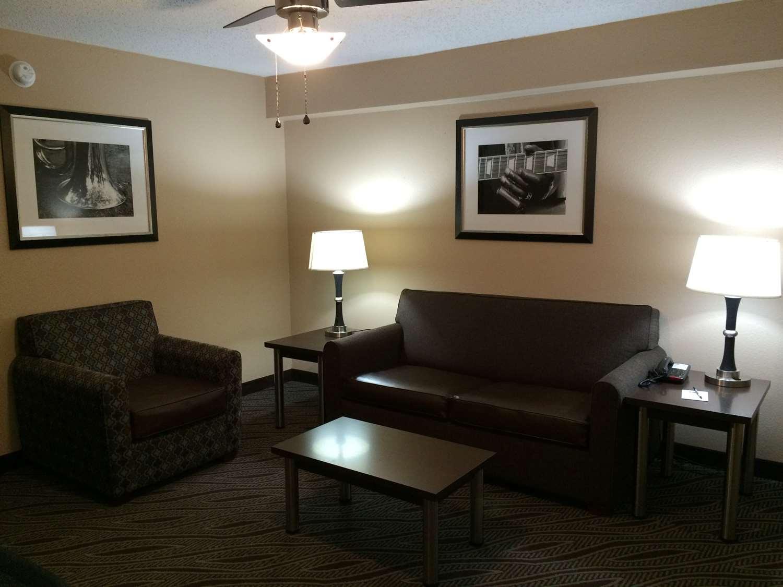 Suite - Best Western Galleria Inn & Suites Bartlett